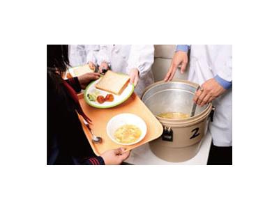 創業50年以上のノウハウを活かし、日本全国で学校給食事業を展開している安定企業です。