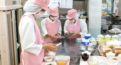 東広島市にある病院で、栄養士の資格を生かしてご活躍いただけます