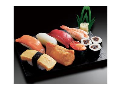 東証一部上場企業が運営する宅配寿司専門店で、将来の店長をめざしませんか。