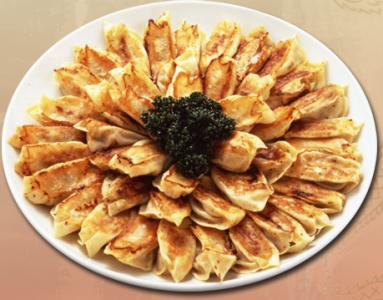 全国にのれん分け店舗多数!大阪生まれの老舗中華料理店!神戸・三宮店でキッチンスタッフとして活躍を◎
