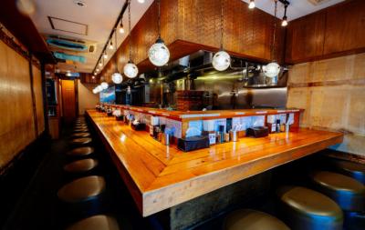 濃厚豚骨魚介つけ麺のパイオニアとも称されるお店です。