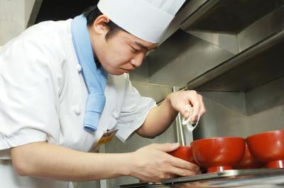 ☆新店OPEN決定☆とんかつ・焼肉・イタリアン業態で、調理経験を活かそう!研修制度が充実◎