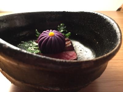 2015年に奈良に開店した創作懐石の店。「ミシュランガイド奈良2017 特別版」で星二つを獲得。