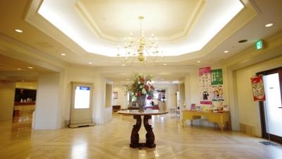 ホテルおよびゴルフ場で、それぞれレストランマネージャー候補を募集します!