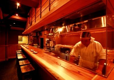 季節の素材をつかった「創作串天ぷら専門店」で調理スタッフを募集。