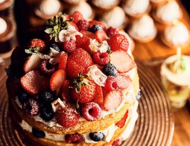 お客様のご要望にお応えするオーダーメイドケーキも人気です