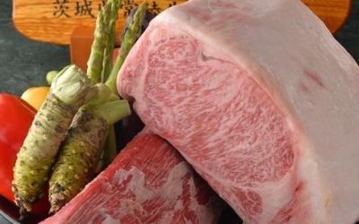 常陸牛A5ランクのサーロインのステーキなど、4000円から1万円以上のコースが人気です。
