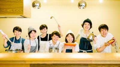 社員食堂としてのみならず、カフェも併設された「リラックス食堂 原宿」で、キッチンスタッフの募集です☆
