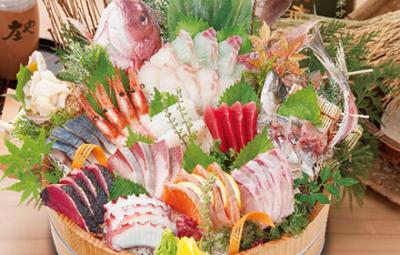 埼玉を拠点に人気海鮮居酒屋ブランドFCを展開。本部グループの企業として、40年近くの実績あり!