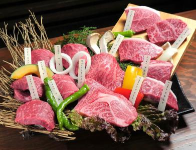 焼肉レストランとして創業して50年以上。歴史ある老舗企業なので安定感抜群!