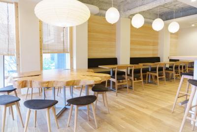 2019年1月に東京・神楽坂にオープンした和菓子カフェです。