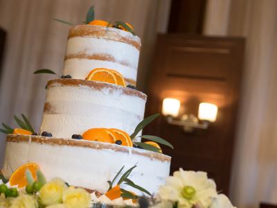 日本を代表する老舗ホテルブランドで、ウェディングケーキ制作のお手伝いをしよう!