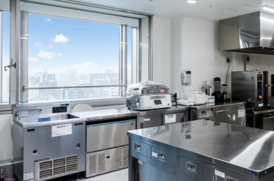 東京都港区にある総合病院内にある職員食堂での勤務。