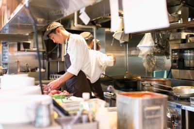 当社は東京・大阪・名古屋などの各地に、ベルギービールレストランやカフェなどを展開している企業です
