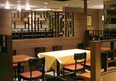 西明石駅よりスグ!キレイなシティホテル内のレストランで正社員募集◎