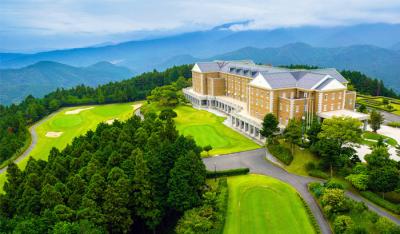 静岡県・伊豆にあるゴルフ倶楽部&ホテルでフロントスタッフを募集します。当館の顔として活躍しませんか?
