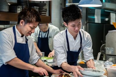 人気の3店舗でキッチンスタッフを募集
