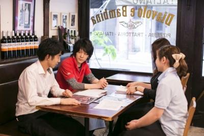 カフェ・イタリアン・洋食業態の8店舗で、店長候補を募集します。