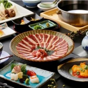 博多駅近くにある人気の郷土料理店でホールスタッフとして活躍!