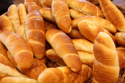 季節の限定塩パンもあり、焼きいも塩パンなどアイデアをカタチにしています。
