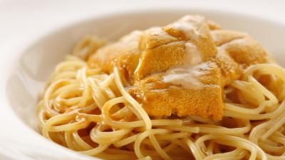 ウニのクリームソースなど、本格的なイタリアンを西新宿で