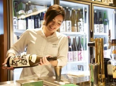 京都で、こだわりの老舗和食チェーンの上質なサービスを提供するホールスタッフ募集!※画像はすべて既存店