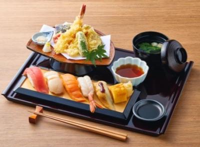 新店では和食メニューを中心に提供していきます。