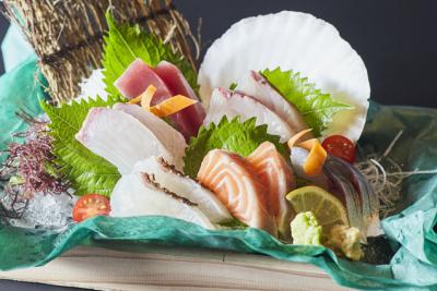 網元直営の海鮮レストランで、店舗スタッフを募集します!