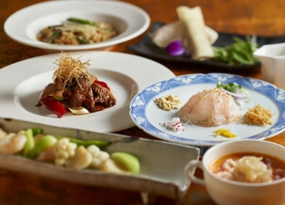 フカヒレ、鮑、オマール海老など高級食材はじめ、素材の持ち味を生かした本格広東料理をお届けしています