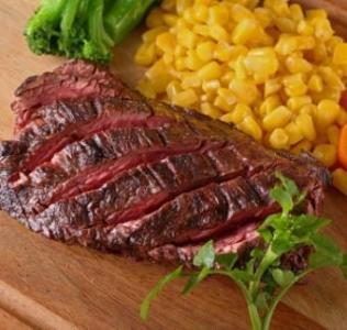 神戸牛やアンガス牛など、厳選食材を使ったステーキが人気です!