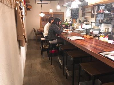 福岡・天神にある「酒と肉バル sora」でキッチンスタッフ募集!