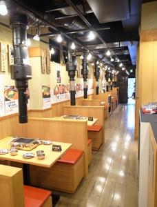 東京だけでも30店舗以上、中国やアメリカにも展開中の人気焼肉店です!