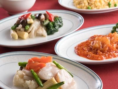 実働7.5時間!創業80年以上、国内外からのVIPもお迎えしているホテルにある、中国料理店での募集。