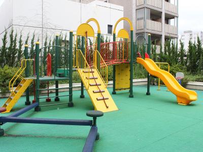 当社は東証二部上場企業の100%出資の完全子会社です。