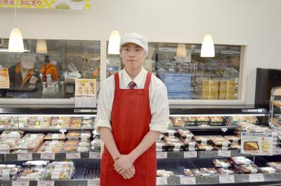 店内で販売するお惣菜づくりをになうスタッフを募集します。