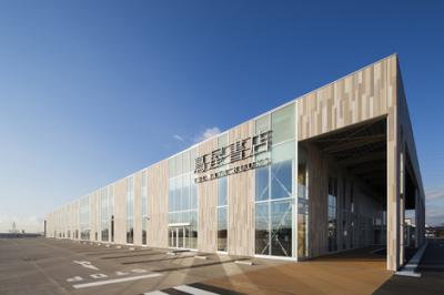 活躍のステージは年間300万人以上が来店する函館蔦屋書店