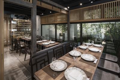 産地を厳選し、旬の素材のよさを活かした本格中国料理を提供しているレストランにてご活躍を!