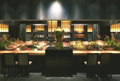 食材は全国から厳選!都内で展開する懐石料理店で、副料理長としてご活躍を。