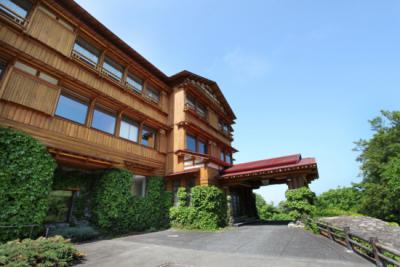 自然に囲まれたリゾートホテルが新しいステージ!1R単身寮を完備しているので、U・Iターンの方も歓迎。