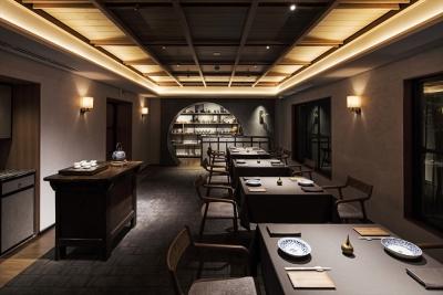 ミシュラン2つ星を2年連続で獲得している中国料理店『茶禅華(さぜんか)』で、サービススタッフ募集!