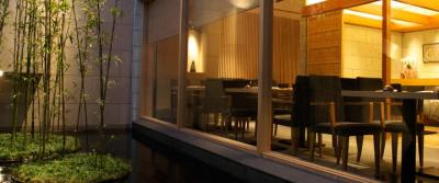 日本の四季を味わっていただける、隠れ家風の鮨割烹です