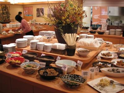 80種類にも及ぶ自然食ブッフェが女性に大好評!地元で人気のリゾート施設で調理のお仕事をしませんか?