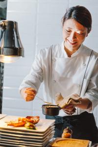 料理の楽しさ、おもしろさを味わえる職場です!