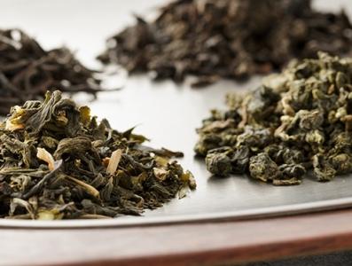 茶葉は全て台湾から直輸入。お茶どころとして名高い阿里山(ありさん)を始めとした上質な茶葉を使用。