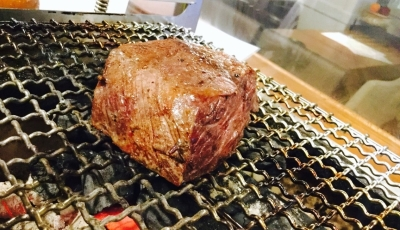 料理に合う肉料理は炭火焼でもご提供。リーズナブルに、思う存分楽しめる日替わりメニューもあります!