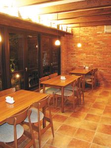 カフェ、イタリアン、ベーカリーなど豊橋市内で11店舗を展開する企業