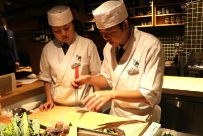 中央フードサービス株式会社 『旬魚旬菜うおまん』上本町YUFURA店