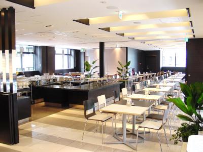 大阪市内に展開する大手ホテル内で料理長をめざしませんか。9月開業予定の施設で活躍できるチャンスも!