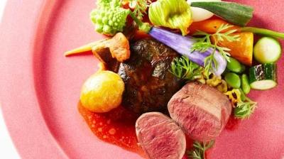 「美食と健康」を意識した野菜中心の体にやさしいフランス料理を提供!