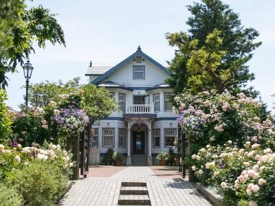 箱根にある白亜の邸宅レストラン&大磯の築100年余りの洋館レストランで、キッチンスタッフ募集!